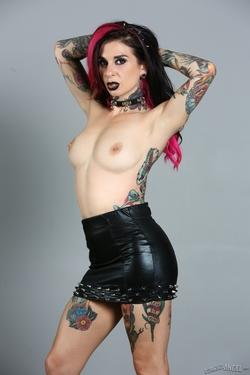 Tattooed Pornstar Joanna Angel - pics 04