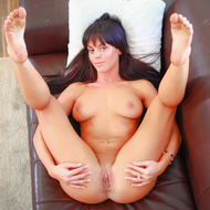 Rahyndee James Casting Couch - pics 00