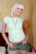 Cute Platinum Blonde Hardcore - pics 00