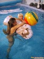 Kinky Lesbian Teens Underwater - pics 07
