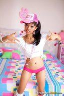 Thai Cutie Slender Stripping Hot - pics 01