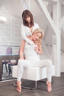 Sensual Lesbians Licking Pussies - pics 02