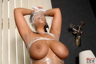 Jasmine Black Big Boobs in Foil - pics 19
