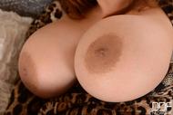 Tigerr Benson Big Round Boobs - pics 07