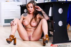 Luxury Slut Chantelle Fox Hardcore - pics 07