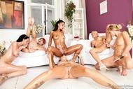 Rebelde Six Oiled Lesbians Fuck - pics 13