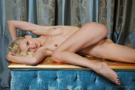 Curly Blonde Babe Loves Martini - pics 12