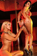 Sandy Fantasy Milky Lesbian Sluts - pics 07