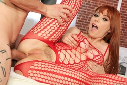 Penny Pax Fucking in Red Fishnet - pics 10