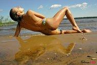 Bikini Babe Gets Wild and Dirty - pics 09
