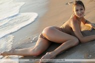 Awesome Busty Model Sofi Seaside - pics 09