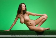 Dreamy Big Round Boobs Pictures - pics 11