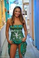 Mary Aubrey Pantiless in Hawaii - pics 05
