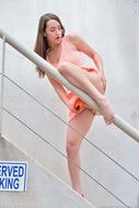 Jeri Fucks her Big Orange Heels - pics 14