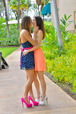 Mary, Aubrey Hawaii Models at Play - pics 10