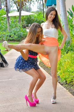 Mary, Aubrey Hawaii Models at Play - pics 11
