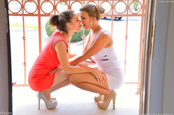 Kelsey and Hazel Fuck Each Other - pics 06