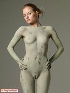 Sensual Teen Mia Sexy Muddy Body - pics 03