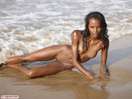 Hot Ebony Valerie Private Beach Party - pics 05