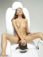 Artistic Pussy Licking Fantasy - pics 12