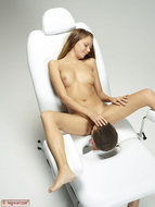 Artistic Pussy Licking Fantasy - pics 13
