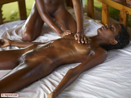 Lynn Massaging Ebony Valerie - pics 01