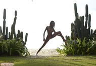 Tight Ebony Babe Valerie Cactus - pics 03