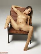 Dominika Gigantic Pussy Petals - pics 04