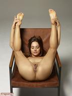 Dominika Gigantic Pussy Petals - pics 05