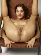Dominika Gigantic Pussy Petals - pics 06