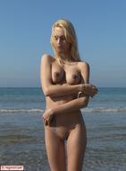Busty Blonde Erica Nude Beach - pics 05