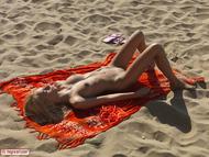 Busty Blonde Erica Nude Beach - pics 12