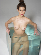 Sexy Nude Victoria R Aquarium - pics 07
