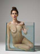 Sexy Nude Victoria R Aquarium - pics 15
