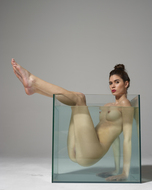Sexy Nude Victoria R Aquarium - pics 17