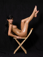 Oiled Mirta an Extreme Exposure - pics 09
