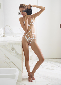 Alya Shoe String Swimsuit Pictures - pics 07