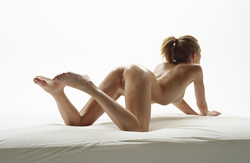 Katia Fucking Hot Oiled Babe Poses - pics 01