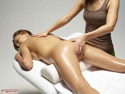 Sexy Katya Clover Tantra Massage - pics 07