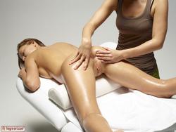 Sexy Katya Clover Tantra Massage - pics 14