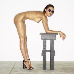 Leggy Babe Kasia James Bond Girl - pics 09