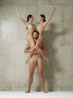 Julietta Magdalena Extreme Posing - pics 00