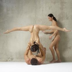 Julietta Magdalena Extreme Posing - pics 05