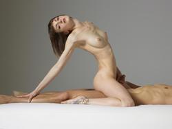 Sexy Model Flora Sucking Cock - pics 00