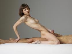Sexy Model Flora Sucking Cock - pics 01