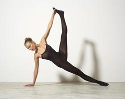 Busty Luba Shumeyko Naked Yoga - pics 04
