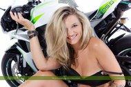 tattooed Blonde on a Motorbike - pics 10