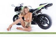 tattooed Blonde on a Motorbike - pics 16