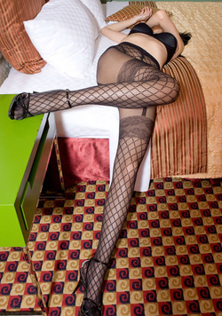 Leggy Asian in Designed Pantyhose - pics 04