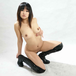 Petite Japanese Babe in Long Boots - pics 09